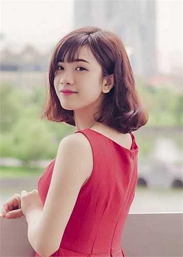 Hình ảnh của Nhung nhanh chóng thu hút hơn 15.000 lượt xem cùng nhiều lời khen ngợi sau vài giờ đăng tải, cô được ví như diễn viên Hàn Quốc.