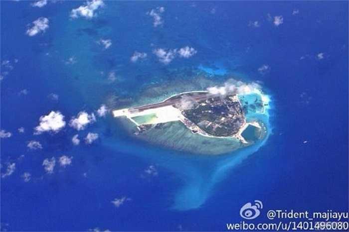 Tờ Hoàn Cầu thời báo hôm 8/10 nói Bắc Kinh đã hoàn tất việc xây dựng đường băng trái phép trên đảo Phú Lâm thuộc quần đảo Hoàng Sa của Việt Nam