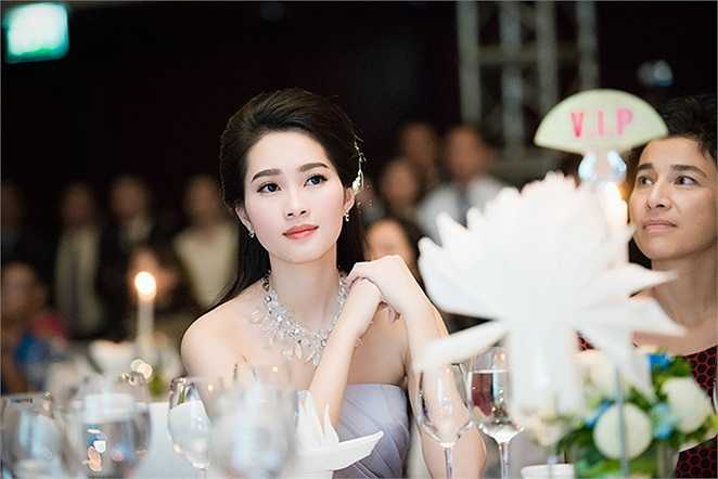 Cuộc thi Hoa hậu Việt Nam 2014 đang khởi động, Thu Thảo sẽ đồng hành cùng các thí sinh trong cuộc tìm ra chủ nhân chiếc vương miện năm nay.