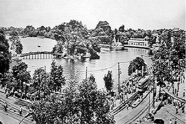 Hồ Gươm ngày ấy.