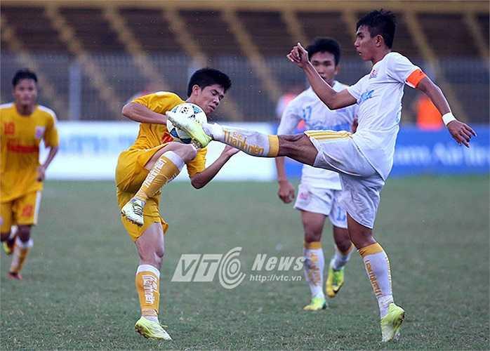 U21 Hà Nội T&T tiếp tục chơi chắc chắn trước các đợt tấn công của đối phương