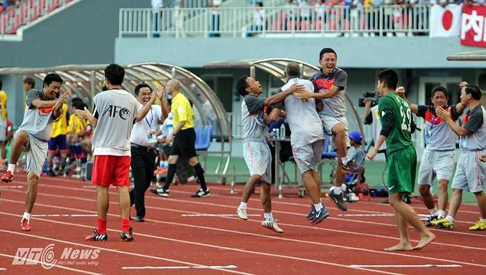 Thanh Tùng chính là vũ khi bí mật của U19 Việt Nam ở trận đấu này. Và cầu thủ người Thanh Hóa đã không phụ lòng tin tưởng của ông thầy người Pháp.