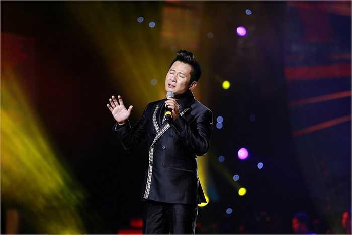 Ngoài vai trò ca sỹ, Bằng Kiều còn phụ trách phần biên tập âm nhạc cho Đêm tình nhân.