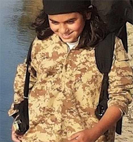 Tổ chức IS nói Abu Ubaidah và cha cậu bé đã thiệt mạng trong một cuộc không kích gần đây
