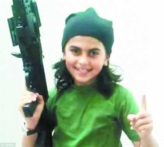 Buôn bán, cưỡng hiếp nhiều phụ nữ, huấn luyện các bé trai trở thành những tay súng chuyên nghiệp là tội ác của IS