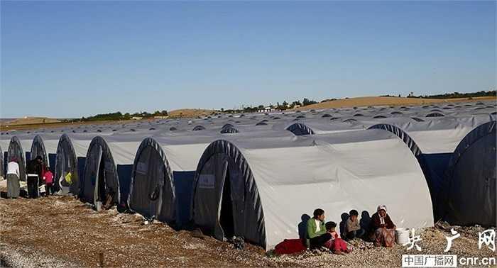 Những lều trại tạm bợ của người tị nạn ở thị trấn Suruc, Thổ Nhĩ Kỳ