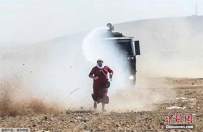 Những người Kurd chạy trốn IS
