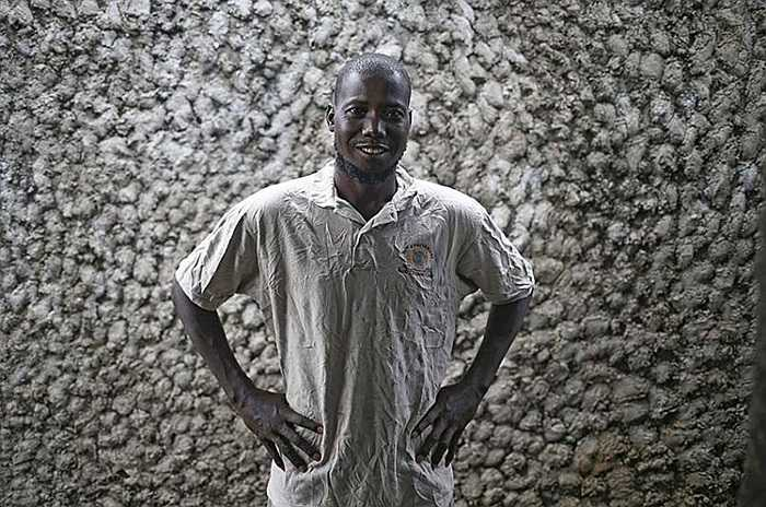 Người đàn ông chiến thắng Ebola sau 9 ngày điều trị