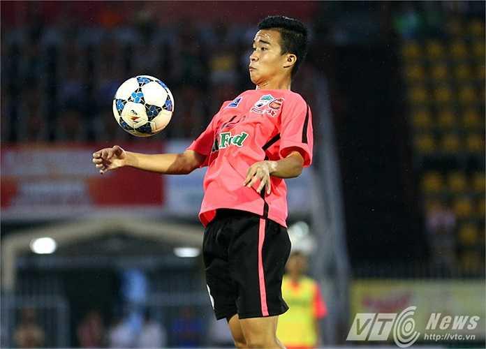 Mục tiêu của họ là vô địch và tích lũy kinh nghiệm cho các cầu thủ trước khi dự V-League 2015. (Ảnh: Quang Minh)