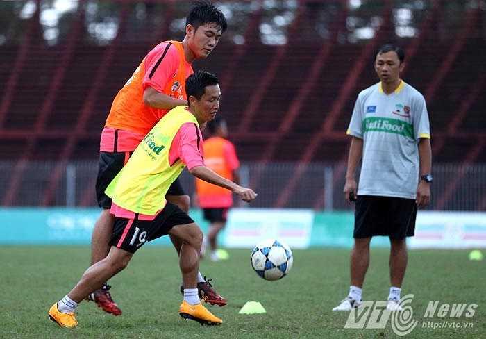 Nếu đánh bại được U21 Việt Nam, đội mạnh nhất giải này, đó sẽ là thành công của U19 HAGL Arsenal JMG (Ảnh: Quang Minh)