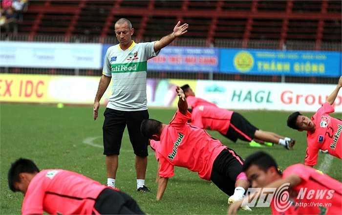 U19 HAGL Arsenal JMG bắt đầu bước vào giai đoạn tập nặng và tăng cường sức mạnh (Ảnh: Quang Minh)