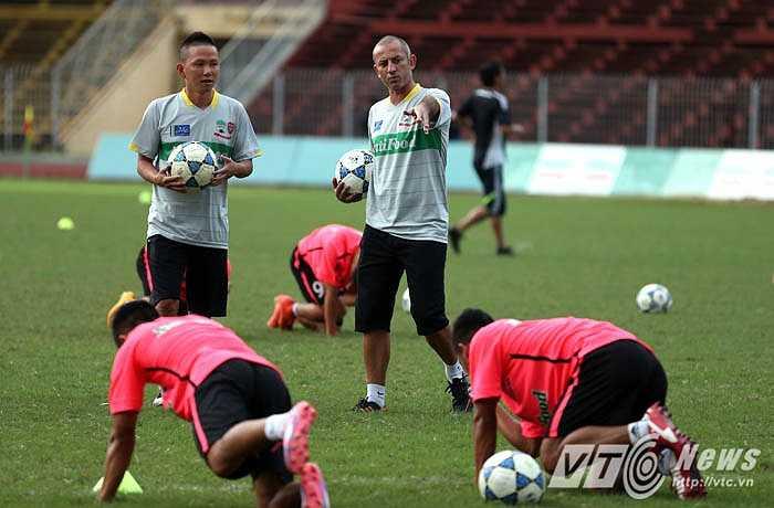 'U19 HAGL Arsenal JMG sẽ biến sân Cần Thơ thành Mỹ Đình Tây Đô' (Ảnh: Quang Minh)