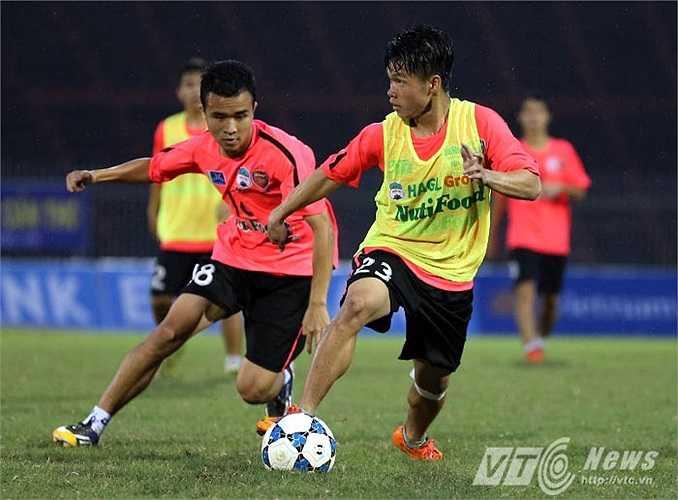 Thanh Tùng ghi cả 2 bàn cho U19 Việt Nam ở giải U19 Châu Á và anh sẽ chiếm lĩnh hành lang phải của U19 HAGL Arsenal JMG (Ảnh: Quang Minh)