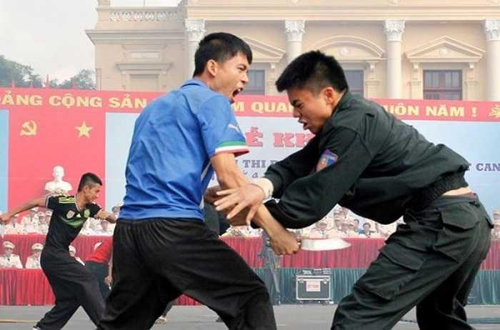 12 đoàn đến từ 12 tỉnh thành đã tham dự hội thi. Ngay sau lễ khai mạc là màn biểu diễn võ thuật của các chiến sĩ Bộ Tư lệnh cảnh sát cơ động.