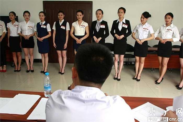 Đại diện công ty hàng không Côn Minh cho biết, chỉ có 20% trong số 70% thí sinh vượt qua vòng sơ khảo