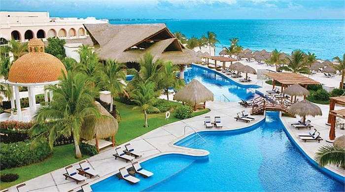 16. Excellence Riviera Cancun - Puerto Morelos, Mexico: Luôn nằm trong top 5 khách sạn hàng đầu ở Mexico với dịch vụ hoàn hảo từ đầu chí cuối.