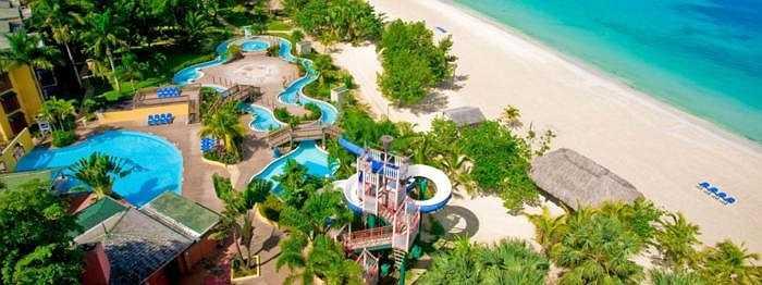 23. Beaches Negril Resort & Spa - Negril, Jamaica: Đây chính là sự lựa chọn lý tưởng cho những cặp đôi muốn hưởng tuần trăng mật ngọt ngào hay những gia đình muốn chia sẻ khoảnh khắc hạnh phúc bên nhau.