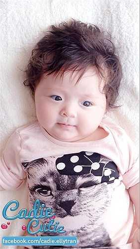 Con gái Elly Trần xinh xắn, dễ thương.
