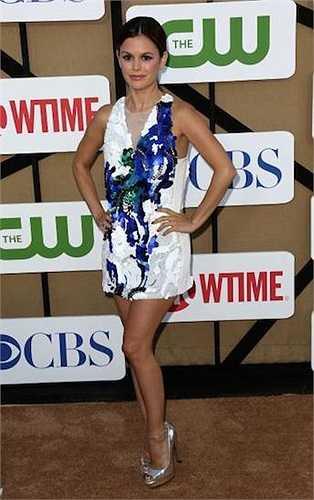 Nữ diễn viên 'Hard of Dixie' Rachel Bilson cao 1m57.