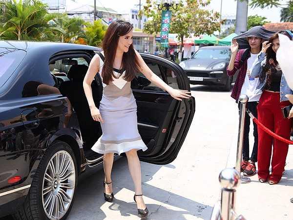Hồ Quỳnh Hương lần đầu xuất hiện thu hình X-Factor