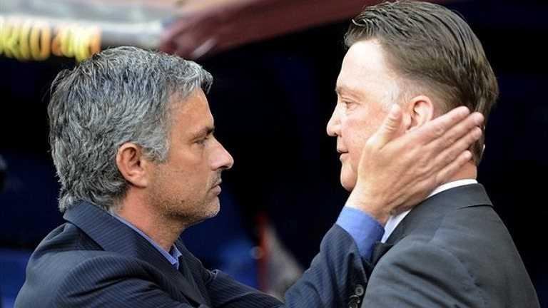10 năm sau, cả hai có dịp đối đầu nhau ở trận chung kết Champions League 2010. Mourinho là HLV Inter Milan còn Van Gaal thì dẫn dắt Bayern Munich.
