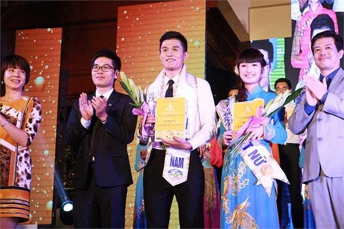 Trong đêm Chung kết Tài sắc Phương Đông, 20 thí sinh đã cùng thi tài khoe sắc. Kết quả giải nhất thuộc về Hoàng Đức Tuấn (SBD 100) và Vũ Thị Thanh Mai (SBD 081).