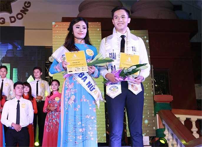 Hai giải Ba thuộc về 2 thí sinh Trần Duy Anh (SBD 096) và Chu Ngọc Trâm (SBD 019).