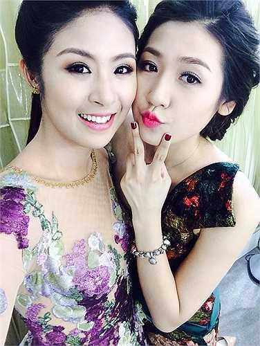 Hoa hậu Ngọc Hân, Á hậu Tú Anh đọ sắc.