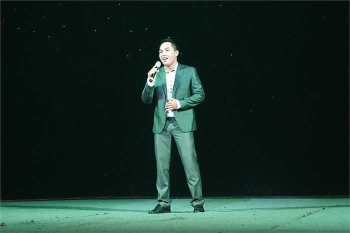 Trong đêm chung kết, nhiều tiết mục nhận được tràng pháo tay của khán giả như: Song ca 'Gặp nhau trong rừng mơ' của Xuân Chính – Ngọc Huyền; Độc tấu sáo 'Thần Thoại' của Nguyễn Ngọc Sơn…