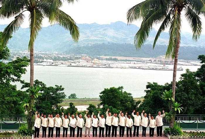 Các nhà lãnh đạo tại Hội nghị APEC Subic, Philippines năm 1996