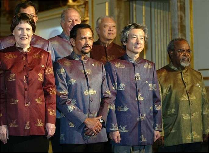 Các nhà lãnh đạo ở APEC Thái Lan năm 2003