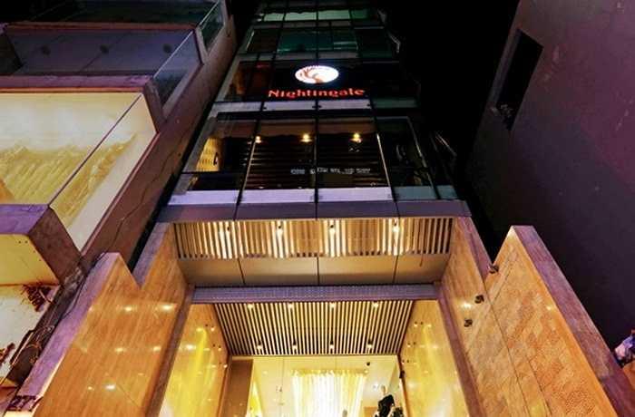 Năm 2012, Mỹ Tâm khai trương trụ sở làm việc của riêng cô tại đường Nam Kỳ Khởi Nghĩa. Đây là một vị trí đắc địa, đắt đỏ và sầm uất bậc nhất Sài Gòn. Ở thời điểm đó, tòa nhà được xác định có trị giá xấp xỉ 100 tỷ đồng.