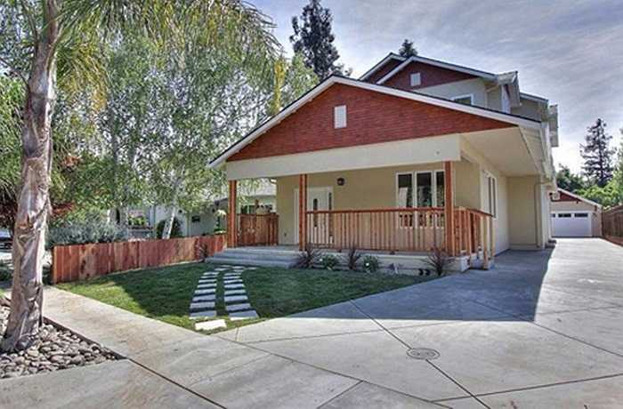 Trước đó, vợ Đan Trường cũng đã sống tại một biệt thự đẹp như mơ tại Mỹ. Hiện ngôi nhà này được rao bán  với giá 18 tỷ đồng.