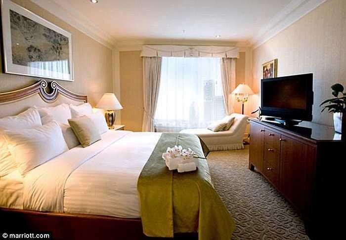 Phòng của Tổng thống Obama ở tầng cao nhất của khách sạn, với diện tích hơn 130 m2 và có hướng nhìn ra dòng sông Brisbane thơ mộng.
