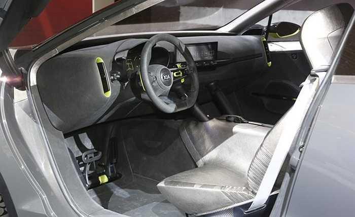Những thông tin cụ thể về mẫu xe hiện vẫn còn là ẩn số. Căn cứ vào những bức ảnh ở một studio bí mật, mẫu xe trên sẽ có ngoại hình tương tự mẫu crossover hybrid 3 cửa mạnh mẽ và cá tính Niro Concept (Quốc Khánh)
