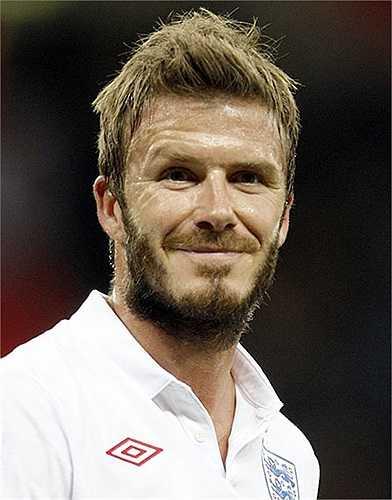 Những năm cuối sự nghiệp bóng đá, Beckham thậm chí còn để râu ria xồm xoàm như một người Ả Rập