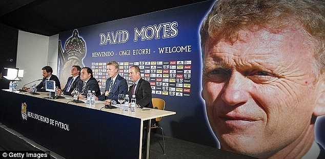 Buổi họp báo nhậm chức HLV trưởng của David Moyes.