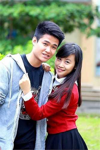 Cô nàng Trần Thanh Tâm (24/9/1997), chiều cao 1,6 m với mong muốn trở thành doanh nhân thành đạt có một vẻ đẹp trong sáng. Kết hợp với Thanh Tâm là Lê Hoàng anh (29/8/1997), sở hữu chiều cao 1,75 m, anh chàng mong muốn trở thành một BTV của Đài truyền hình Việt Nam. Cặp trai xinh gái đẹp này đến từ lớp 12D3. (Theo Zing)