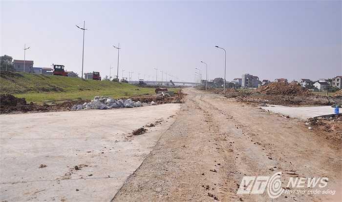 Tuyến đường vẫn đang trong quá trình thi công.