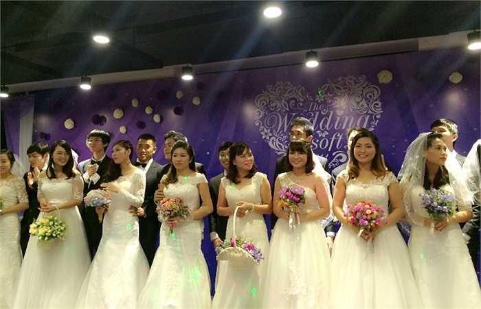 Đây là Lễ cưới tập thể đầu tiên do một công ty CNTT tổ chức tại Việt Nam. Lễ cưới có sự tham gia của 21 cặp đôi và gần 300 khách mời là người thân, bạn bè...