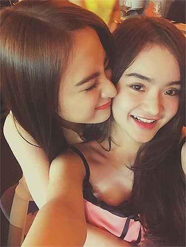 Cô em gái Phương Trang xinh đẹp.