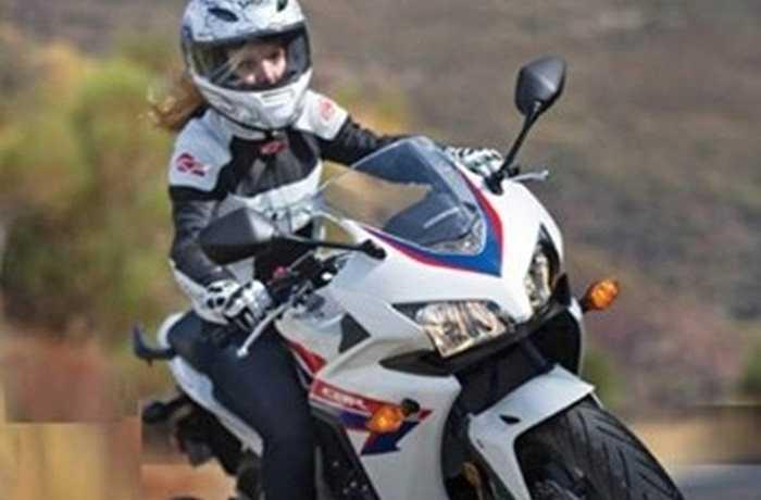 Honda CB500F/CB500X/CBR500R: Bộ ba mô tô Honda này đều sở hữu động cơ 2 xi-lanh 471cc, công suất 47 mã lực và đều là những lựa chọn hoàn hảo trong phân khúc xe thể thao có mức giá từ 6.349-7.655 USD.