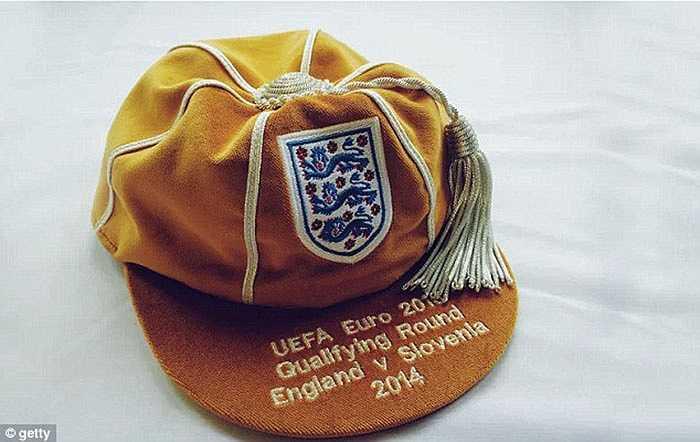 Chiếc mũ đặc biệt dành riêng cho Rooney trong đêm qua