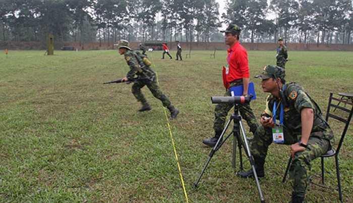 Các nước sẽ tham gia thi đấu 5 nội dung bao gồm các bài bắn súng máy, súng trường, súng cạc-bin, súng ngắn nam và súng ngắn nữ trên 5 dải bắn liên hoàn của Trung tâm huấn luyện Quốc gia Miếu Môn (Hà Nội). (Theo QĐND)