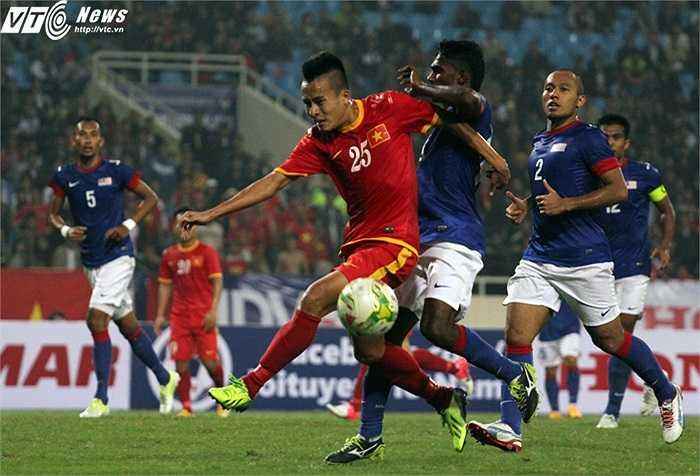 Malaysia vỡ trận sau khi bị mất người. (Ảnh: Nhạc Dương)
