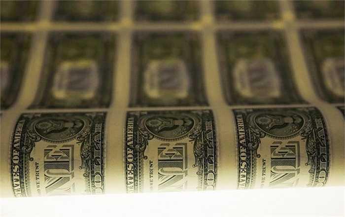 Tấm in tờ 1 USD đã hoàn thành