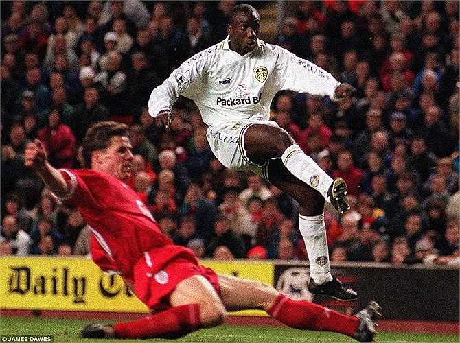 23. Jimmy Floyd Hasselbaink (Leeds United, Chelsea, Middlesbrough, Charlton Athletic) - 134 bàn