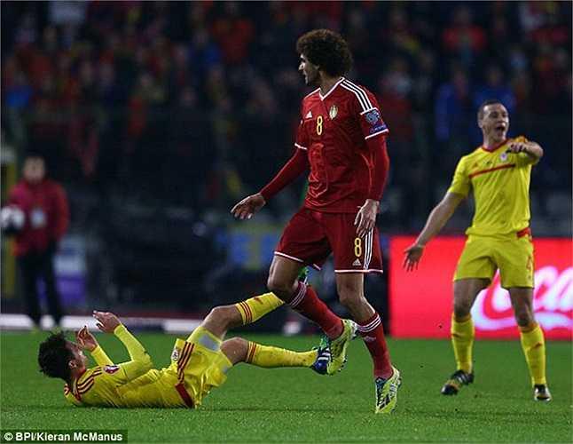 Trận đấu giữa Bỉ và xứ Wales đêm qua đã diễn ra rất nóng, đặc biệt là ở khu vực giữa sân