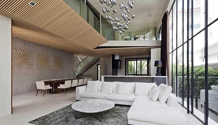Biệt thự trên khu đất 141m2 tại thành phố Hồ Chí Minh, do công ty TNHH Thiết kế xây dựng Nhà dân thiết kế và cải tạo gây, ấn tượng khá mạnh trên trang kiến trúc quốc tế Archdaily.