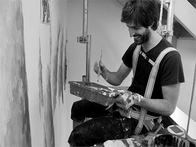Pejac  là một họa sĩ tài năng đến từ Tây Ban Nha